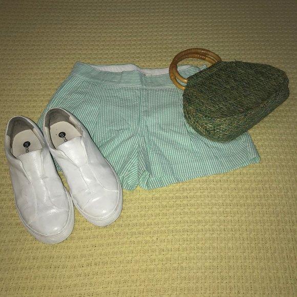 J. Crew Pants - J. Crew Green/White Seersucker Shorts Sz 00